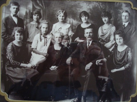 The family of Caroline and Frank Solomon- Front (l to r):  Naomi, Ruth, Caroline, Frank, Marion. Back (l to r): Paul, Florence, Martha, Margaret, Dorothy, John